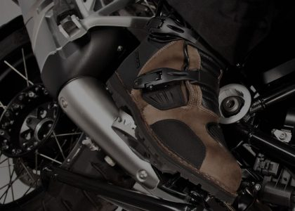 Falco-Boots-Hero